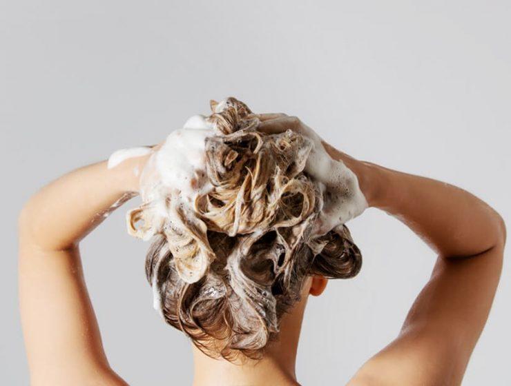 mocznik na włosy